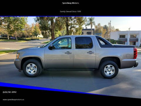 2007 Chevrolet Avalanche for sale at Speedway Motors in Glendora CA