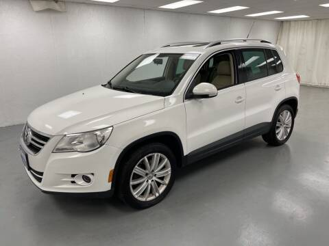 2011 Volkswagen Tiguan for sale at Kerns Ford Lincoln in Celina OH