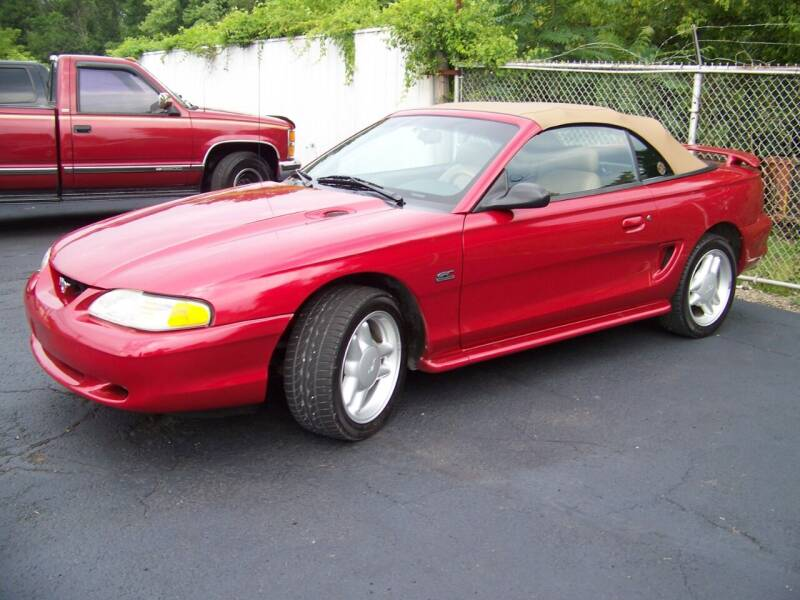 1995 Ford Mustang for sale at Collector Car Co in Zanesville OH