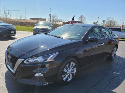 2019 Nissan Altima for sale at Shaddai Auto Sales in Whitehall OH