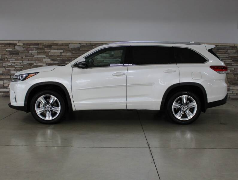 2019 Toyota Highlander for sale at Bud & Doug Walters Auto Sales in Kalamazoo MI