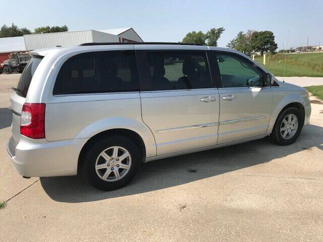 2014 Chrysler Town and Country for sale at Lannys Autos in Winterset IA