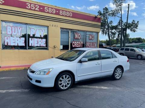 2007 Honda Accord for sale at BSS AUTO SALES INC in Eustis FL
