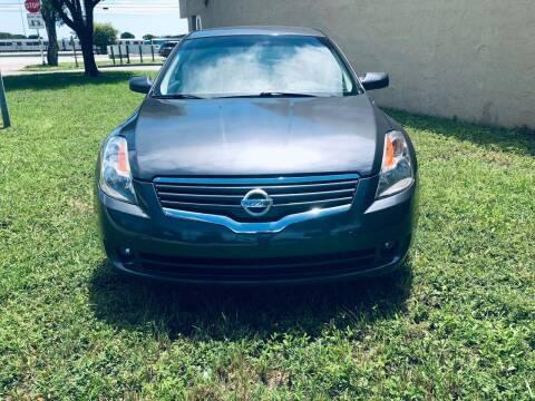 2008 Nissan Altima for sale at Auto Credit & Finance Corp. in Miami FL