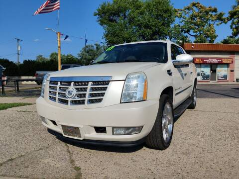 2007 Cadillac Escalade EXT for sale at Lamarina Auto Sales in Dearborn Heights MI
