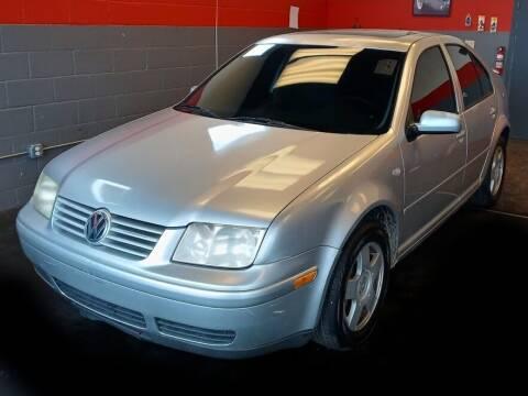 2000 Volkswagen Jetta for sale at D & J AUTO EXCHANGE in Columbus IN