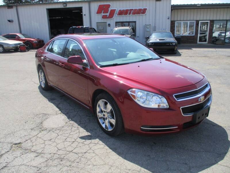 2010 Chevrolet Malibu for sale at RJ Motors in Plano IL