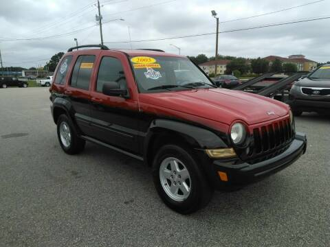 2005 Jeep Liberty for sale at Kelly & Kelly Supermarket of Cars in Fayetteville NC