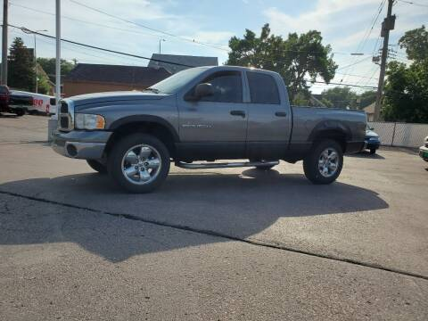 2005 Dodge Ram Pickup 1500 for sale at Geareys Auto Sales of Sioux Falls, LLC in Sioux Falls SD