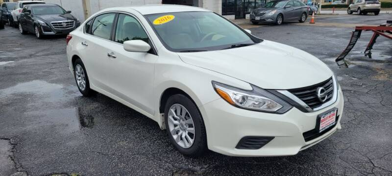 2016 Nissan Altima for sale at Absolute Motors in Hammond IN