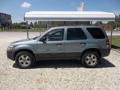 2005 Ford Escape for sale at VANDALIA AUTO SALES in Vandalia MO