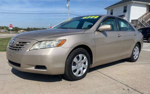 2009 Toyota Camry for sale at QUAD CITIES AUTO SALES in Milan IL