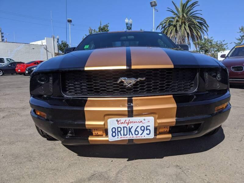 2005 Ford Mustang V6 Premium 2dr Fastback - National City CA