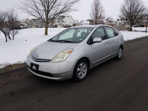 2004 Toyota Prius for sale at CALDERONE CAR & TRUCK in Whiteland IN