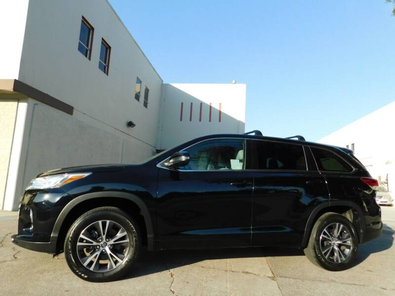2018 Toyota Highlander for sale at Conti Auto Sales Inc in Burlingame CA