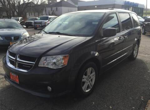 2011 Dodge Grand Caravan for sale at Knowlton Motors, Inc. in Freeport IL