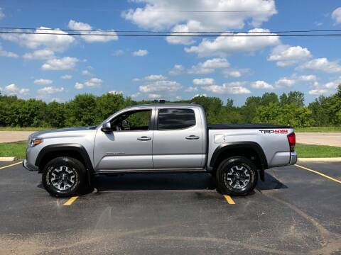 2016 Toyota Tacoma for sale at Fox Valley Motorworks in Lake In The Hills IL