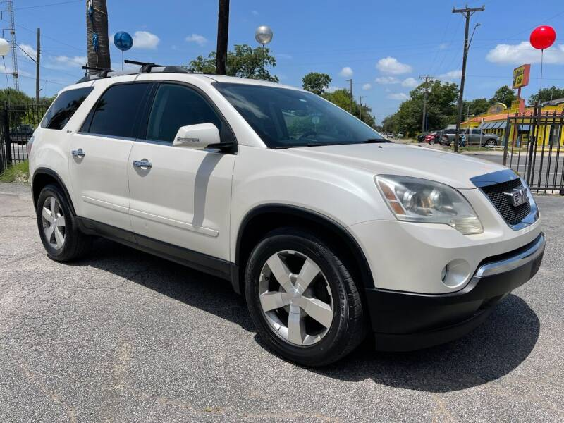 2011 GMC Acadia for sale at Auto A to Z / General McMullen in San Antonio TX