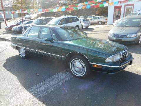 1996 Oldsmobile Ninety-Eight for sale at Ricciardi Auto Sales in Waterbury CT
