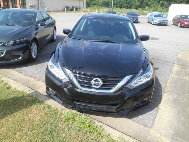 2019 Nissan Altima for sale at AUTO MART in Montgomery AL