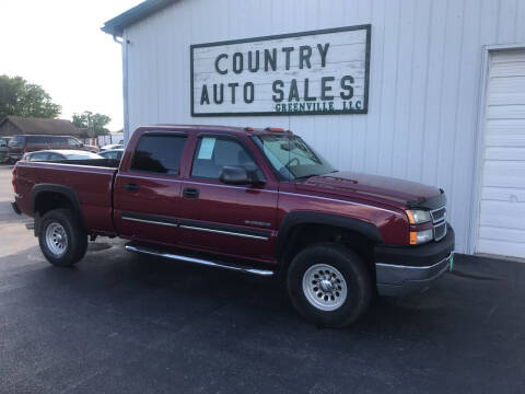 2005 Chevrolet Silverado 2500HD for sale at COUNTRY AUTO SALES LLC in Greenville OH
