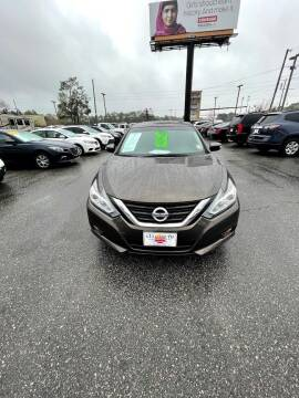 2017 Nissan Altima for sale at Gulf South Automotive in Pensacola FL