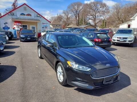 2013 Ford Fusion for sale at Rochester Auto Mall in Rochester MN