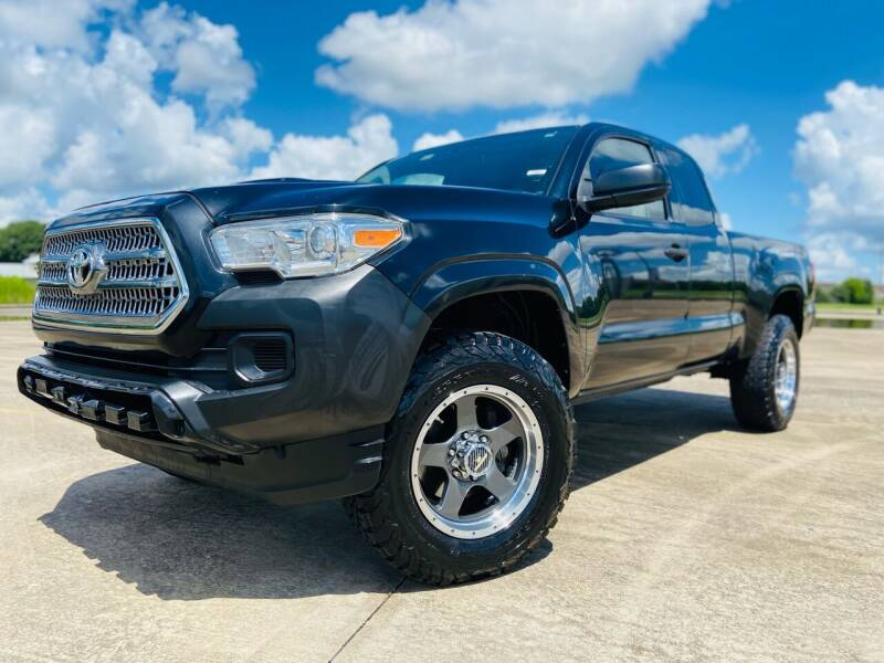2016 Toyota Tacoma for sale at AUTO DIRECT Bellaire in Houston TX