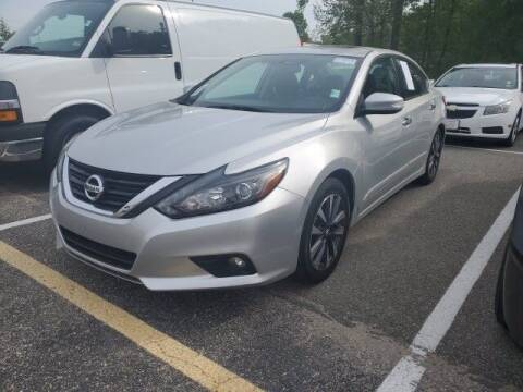 2016 Nissan Altima for sale at Strosnider Chevrolet in Hopewell VA