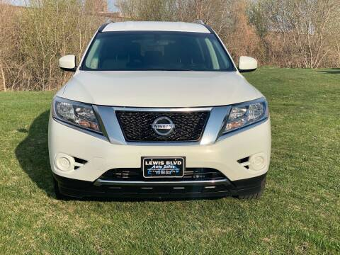 2013 Nissan Pathfinder for sale at Lewis Blvd Auto Sales in Sioux City IA