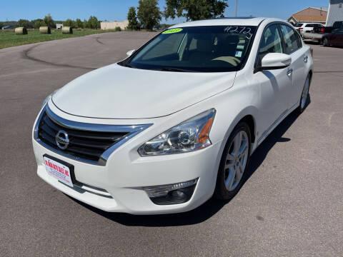 2013 Nissan Altima for sale at De Anda Auto Sales in South Sioux City NE