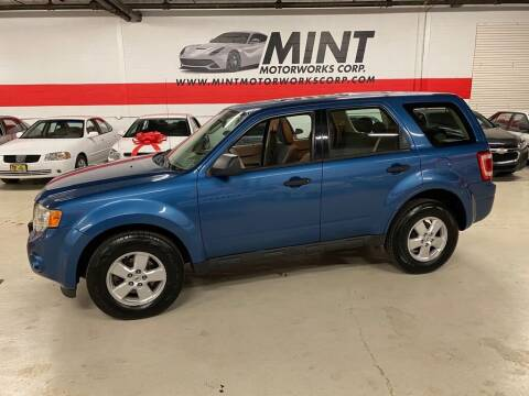 2009 Ford Escape for sale at MINT MOTORWORKS in Addison IL