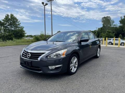 2013 Nissan Altima for sale at Instant Auto Sales - Lancaster in Lancaster OH