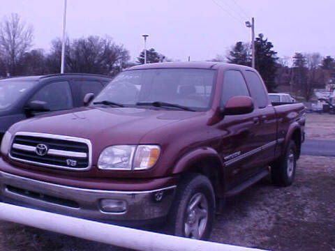 2000 Toyota Tundra for sale at Bates Auto & Truck Center in Zanesville OH