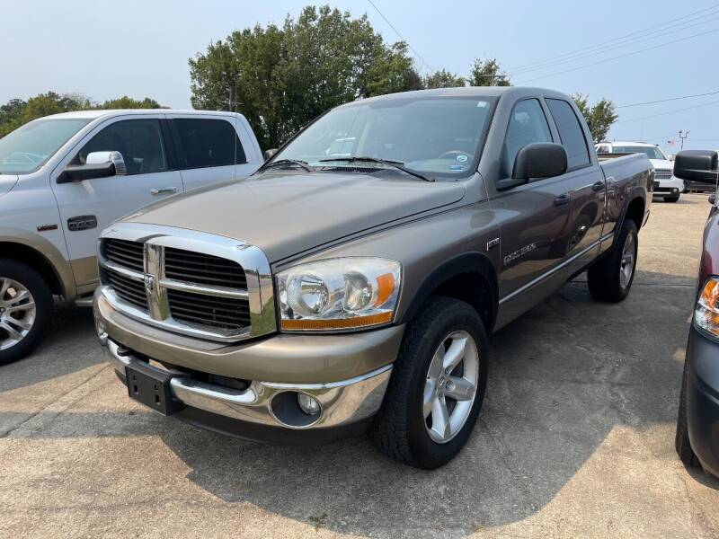 2006 Dodge Ram Pickup 1500 for sale at Greg's Auto Sales in Poplar Bluff MO