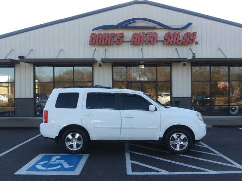 2010 Honda Pilot for sale at DOUG'S AUTO SALES INC in Pleasant View TN