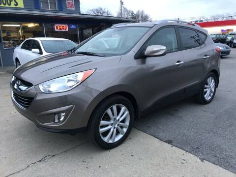 2011 Hyundai Tucson for sale at Wise Investments Auto Sales in Sellersburg IN