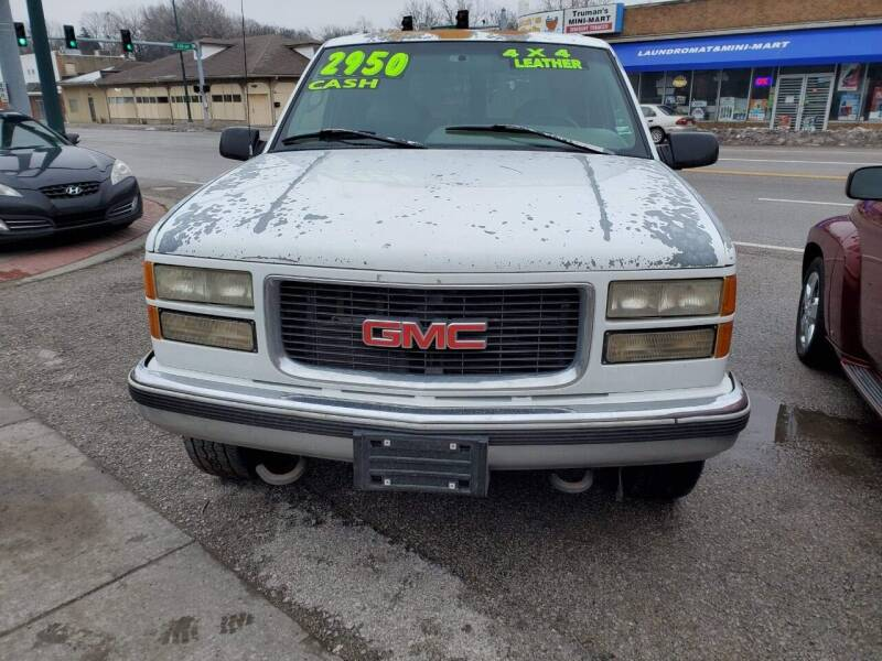 1995 GMC Yukon for sale at Street Side Auto Sales in Independence MO