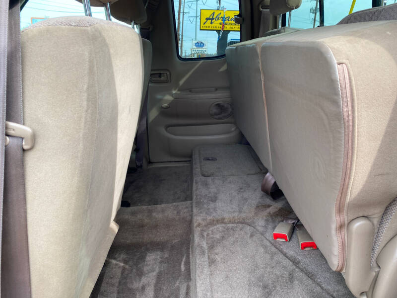 2002 Toyota Tundra 4dr Access Cab SR5 4WD SB V8 - Cincinnati OH