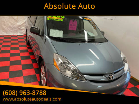 2007 Toyota Sienna for sale at Absolute Auto in Baraboo WI