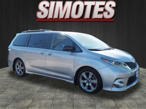 2015 Toyota Sienna for sale at SIMOTES MOTORS in Minooka IL