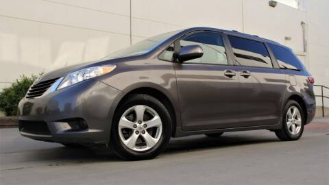 2016 Toyota Sienna for sale at New City Auto - Retail Inventory in South El Monte CA