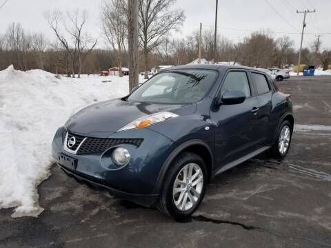 2014 Nissan JUKE for sale at Ridgeway's Auto Sales in West Frankfort IL