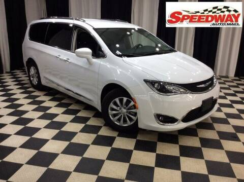 2019 Chrysler Pacifica for sale at SPEEDWAY AUTO MALL INC in Machesney Park IL