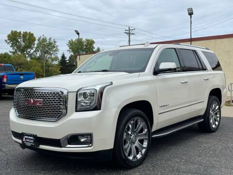 2015 GMC Yukon for sale at North Imports LLC in Burnsville MN