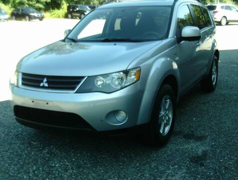 2008 Mitsubishi Outlander for sale at Cars R Us Of Kingston in Kingston NH