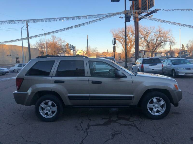 2005 Jeep Grand Cherokee for sale at Imperial Group in Sioux Falls SD