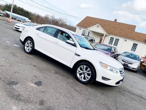 2010 Ford Taurus for sale at New Wave Auto of Vineland in Vineland NJ