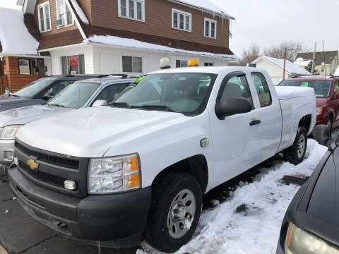 2009 Chevrolet Silverado 1500 for sale at Holiday Auto Sales in Grand Rapids MI