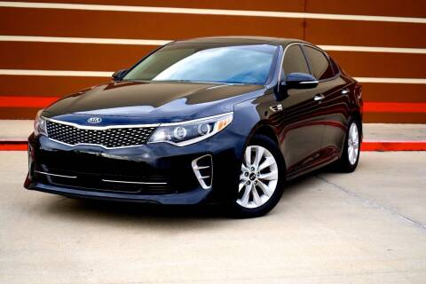 2018 Kia Optima for sale at Auto Hunters in Houston TX